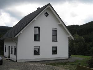 Einfamilienwohnhaus mit Satteldach