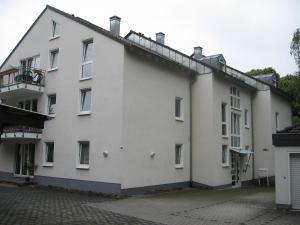 Mehrfamilienhaus, 2-geschossig mit DG
